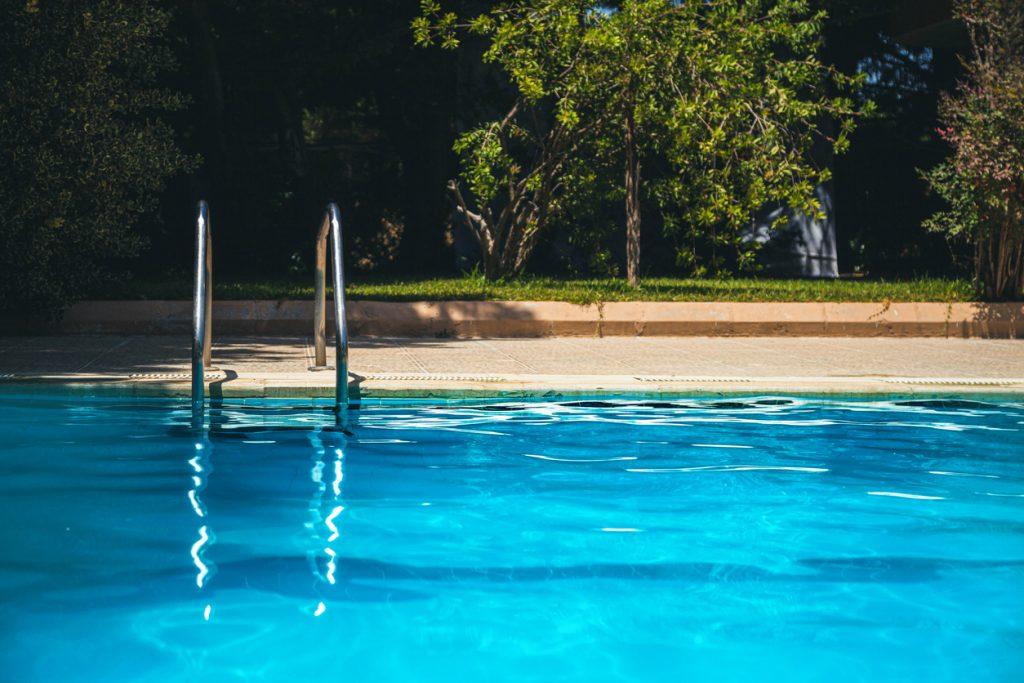 shock a pool